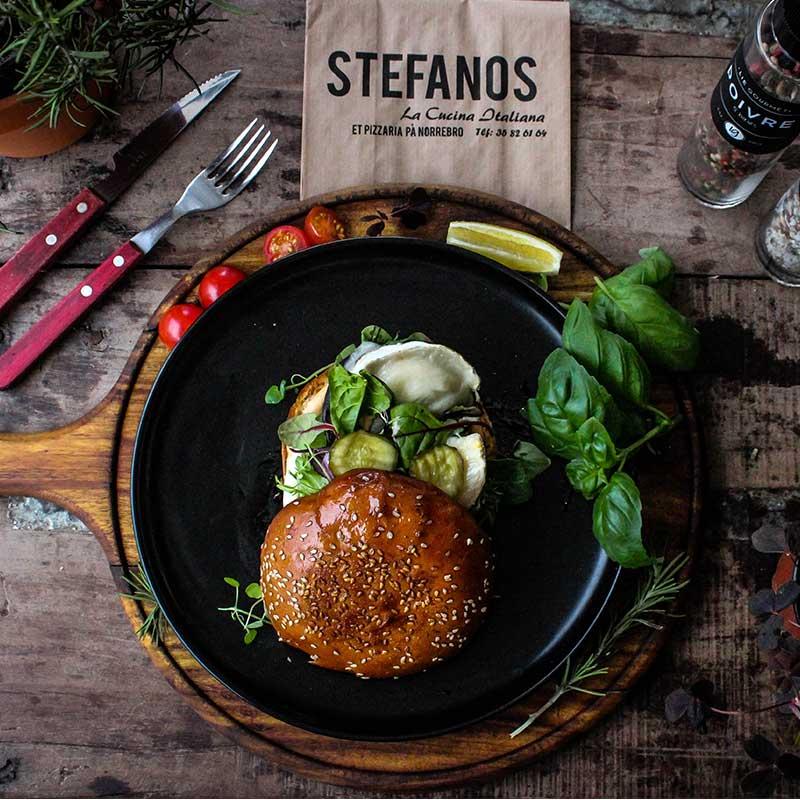 Stefanos Pizza Nørrebro og Østerbro Burger Portobello Gedeost Spinat Vegetar